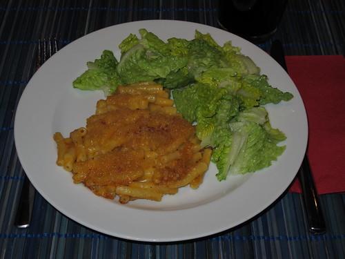 Mac 'n Cheese mit grünem Salat