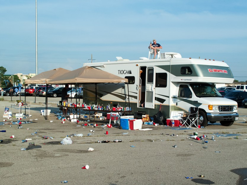 The tailgaiting aftermath.