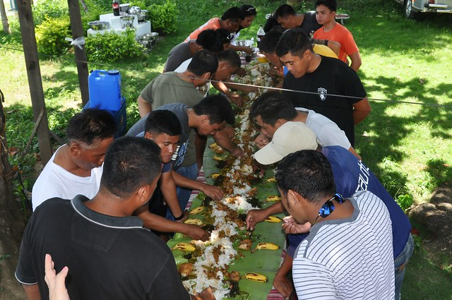 Boodle Fight (4)