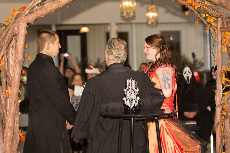 Simple Wedding Dresses For Justice Of The Peace: Karen & Chris' Spooktacular Halloween Wedding