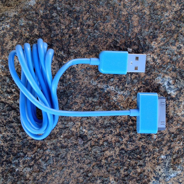 Sync and Charge 1m Cable for iPad, iPhone, iPod