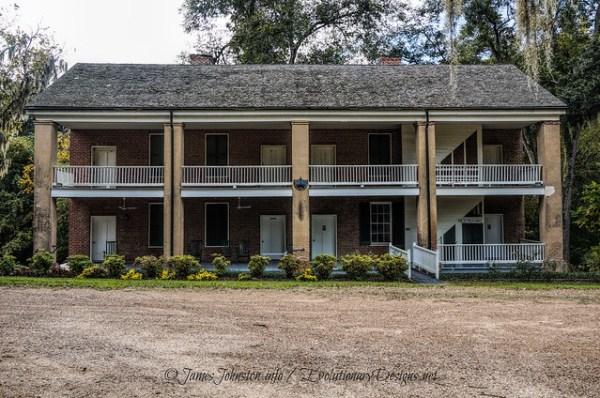 Longwood Plantation: Slave and Servant Quarters