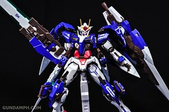 Metal Build 00 Gundam 7 Sword and MB 0 Raiser Review Unboxing (121)