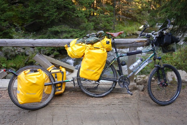 Crosso Dry panniers on a trailer 2