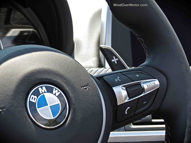2014 BMW M6 Convertible paddle shifters