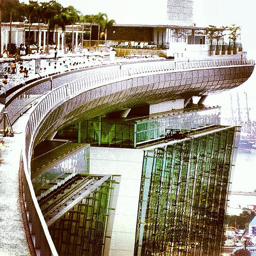 Marina Bay Sands #singapore by @MySoDotCom