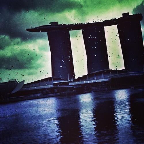 Marina Bay Sands in the rain #singapore by @MySoDotCom