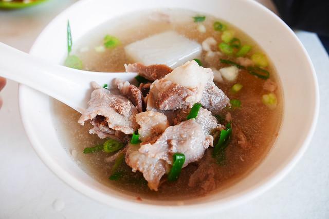 新北 林口--老牌人氣麵店--牛羊肉拉麵大王(老坑)