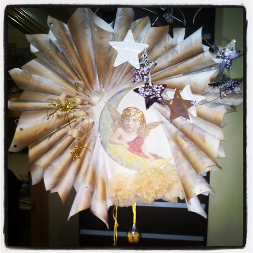 Estrellas en alambre para el Ángel de la.entrada by alialba
