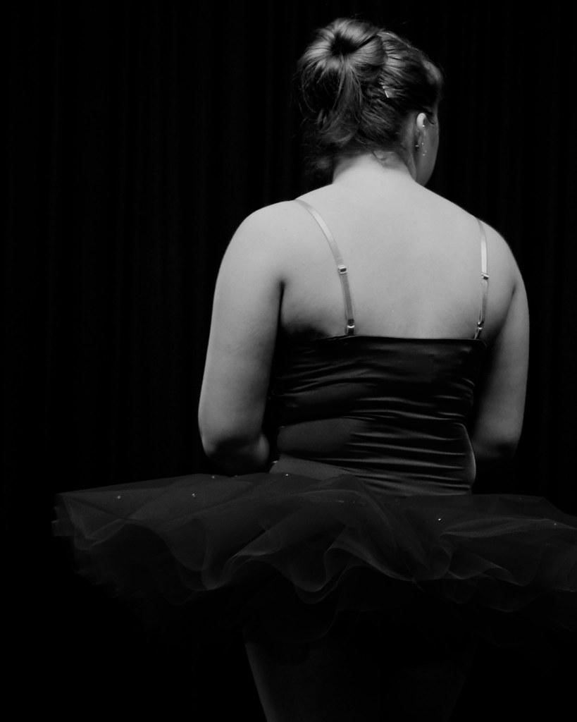 Dancer B&W 1