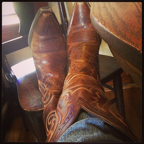 Ariats  Love my #boots.