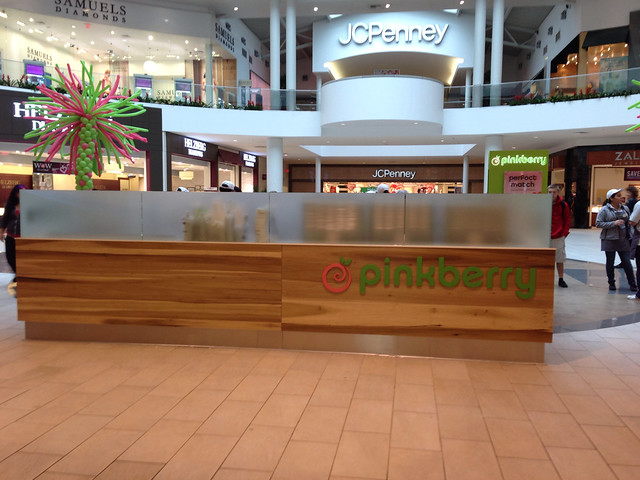 New Pinkberry at Roseville Galleria