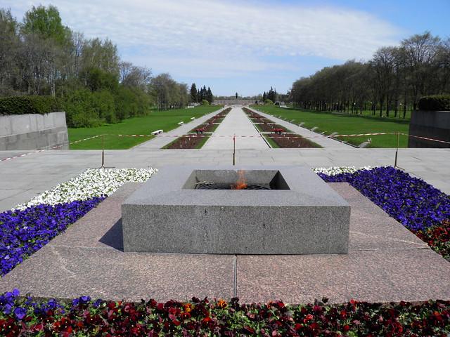 Piskaryovskoye Memorial Cemetery (6/6)