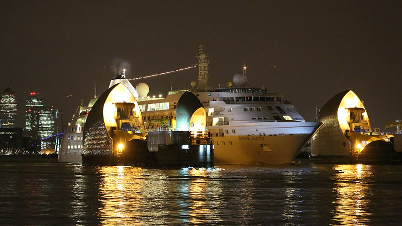 Silver Cloud cruise ship goes through Thames Barrier at night