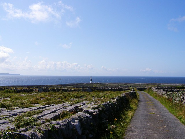 Inis Oirr lighthouse