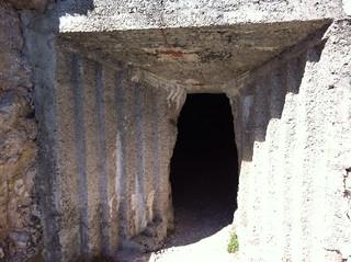 Ausgang Tunnel und Beginn Klettersteig
