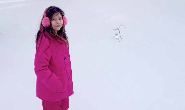 Maya in the snow #FamiliaLubriderm