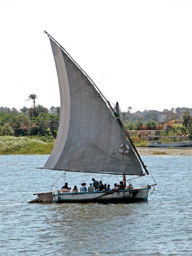 10. Ferry en el Nilo. Autor, Archer10