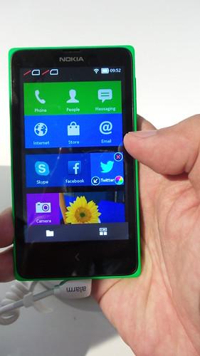Nokia X+ สมาร์ทโฟนระบบปฏิบัติการ Android ของ Nokia