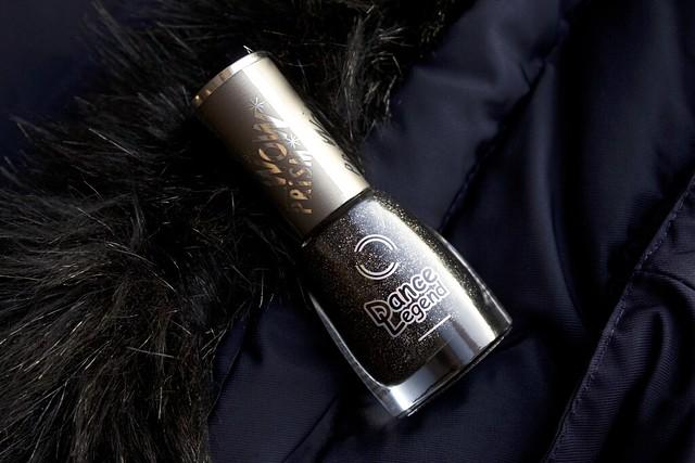 01 Dance Legend #29 Gothic Veil Wow Prism Collection