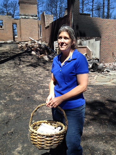 Chandra West recovers a beloved basket in the Black Forest Fire.