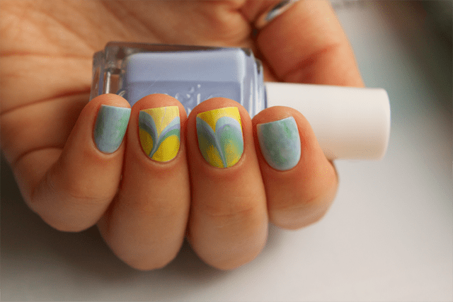09-water-marble-nails-essie-bikini-so-teeny-morgan-taylor-water-baby