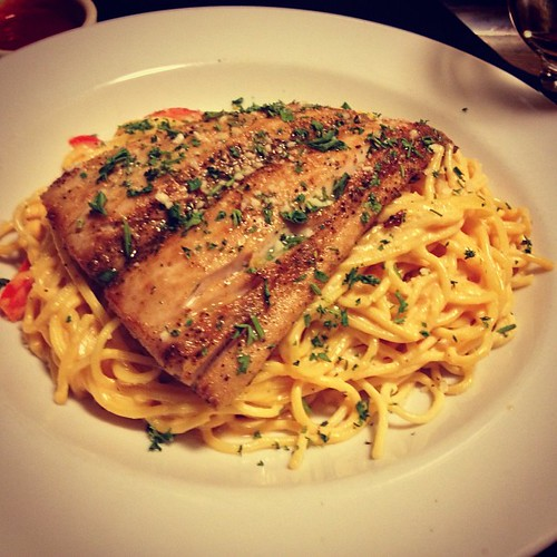 And it's Mahi Mahi with spicy pasta by @MySoDotCom