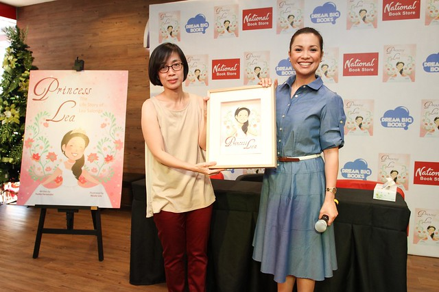 A special gift to Lea Salonga from Summit Books