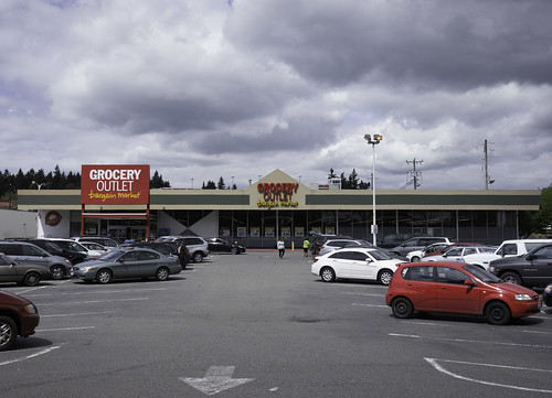 Burien Grocery Outlet