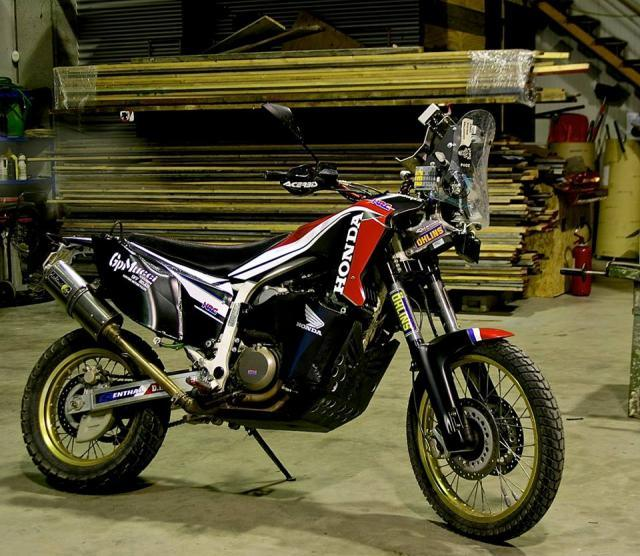 prototipos_Africa_Twin_03