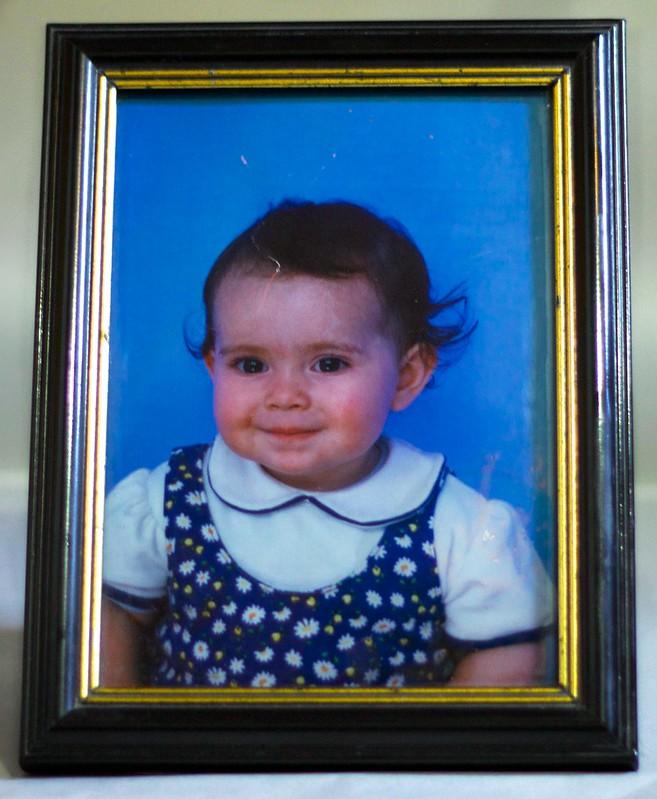 Foto del retrato de Daniela después de quitarle un poco de polvo.