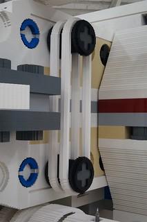 Life-size LEGO X-wing (13)