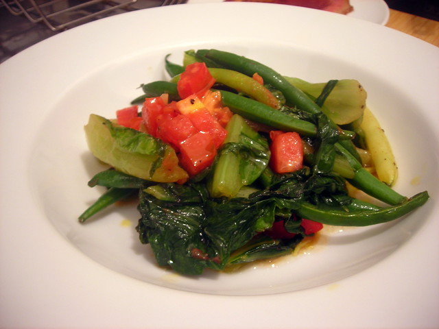 String beans, escarole and heirloom tomato