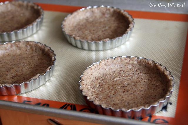 chocolate berry tart _ shells