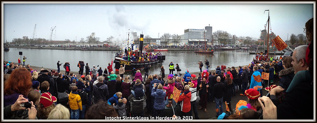 Sinterklaas intocht in Harderwijk (16-11-2013).