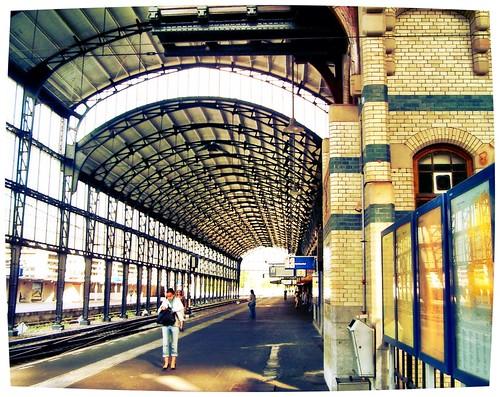 Haarlem Central Station by SpatzMe