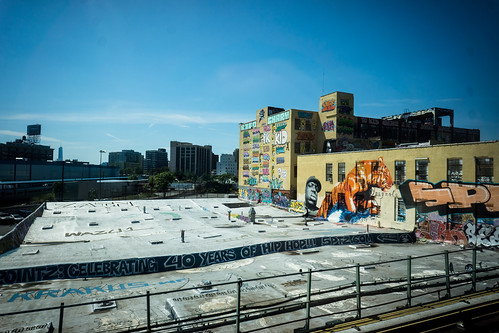 5Pointz from an eastbound 7 train by Dan Nguyen @ New York City