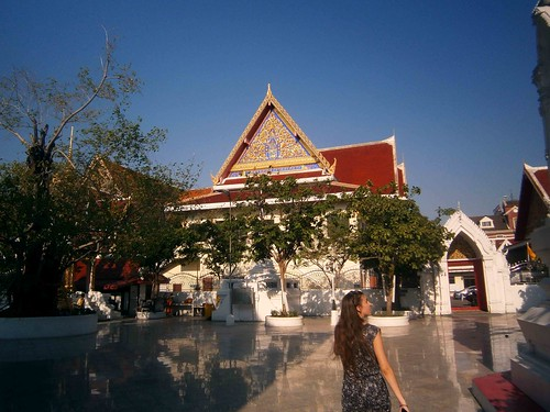 Maha Purettharam Courtyard