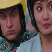 Aamir Khan Anushka Sharma Makes Funny Faces In PK - Stylish HD Wallpapers.