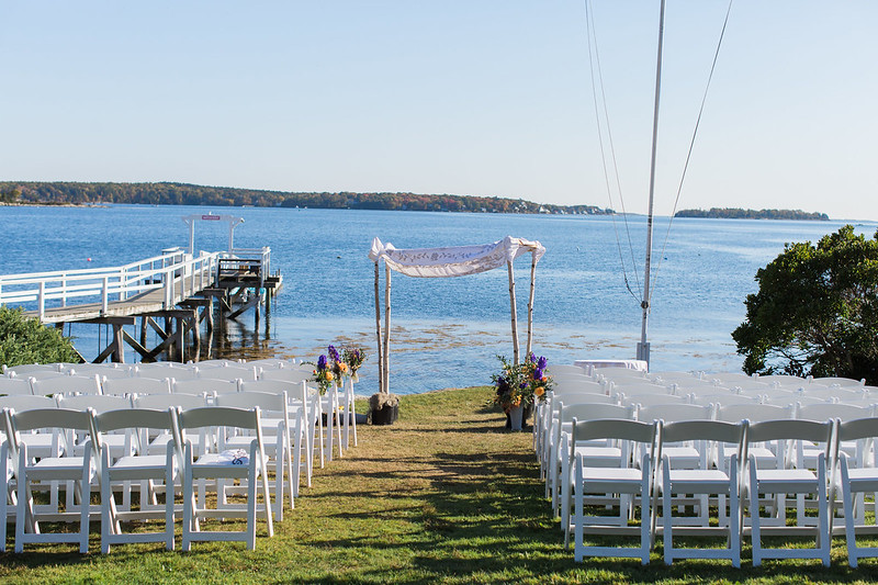 Maine beach wedding from @offbeatbride