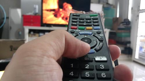 ใช้ปุ่มควบคุมทิศทางเวลาเป็น Internet TV