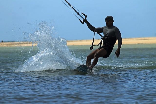 Kitesurfing (Kiteboarding) in Cuyo IslandIMG_2950