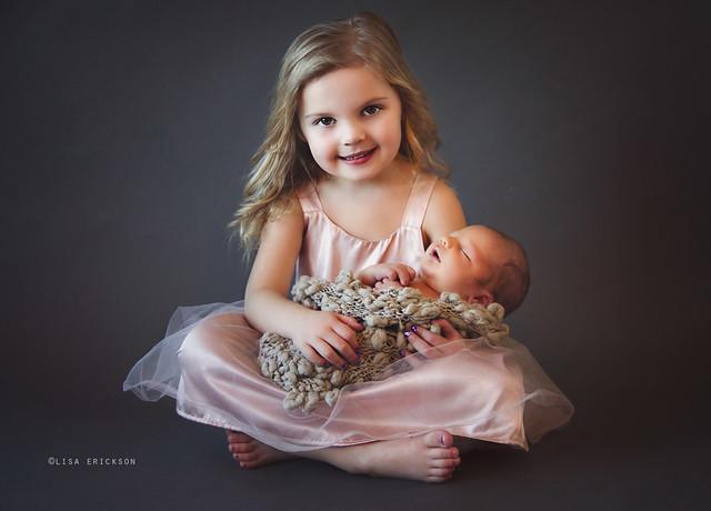 siblingsLR