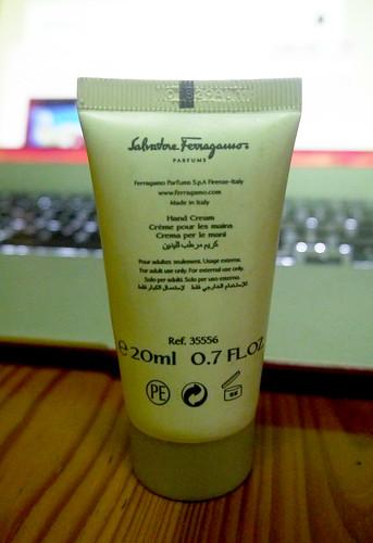 Salvatore Ferragamo Attimo Hand Cream 002