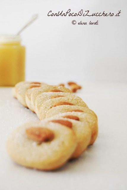 Almond butter cookies 3