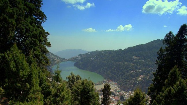 View of Naini Lake from the Top... Thats Nainital Down There...