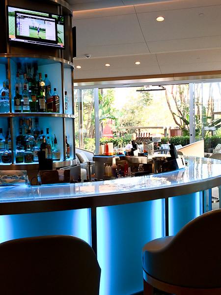 Aqua Lounge - Island Hotel