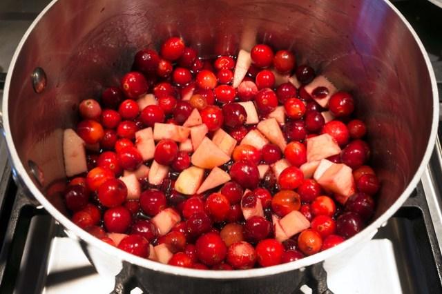 cranberries and apples, juice