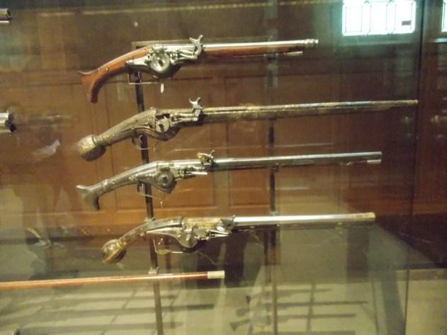 pistolas do seculo XVIII
