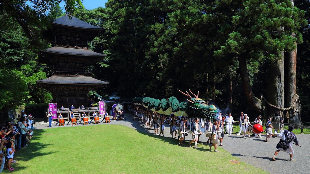龍神祭より 龍の舞 その1  Dance of dragon at Ryujin-matsuri Festival